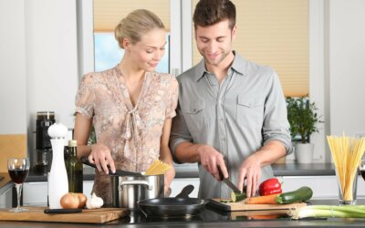 Zo help je jouw 'interne kookstelletje' om energie (qi) uit je eten te halen